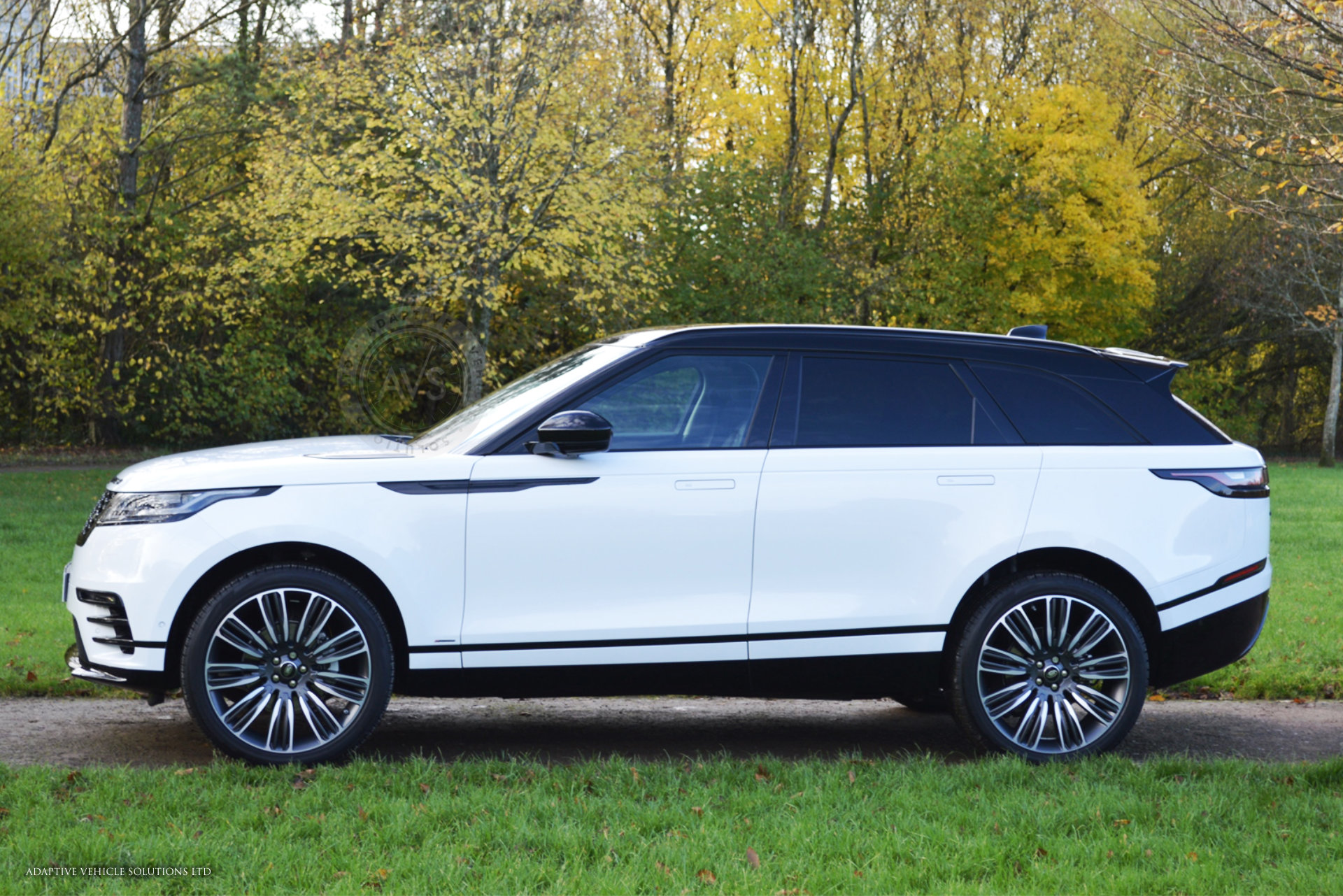 range rover velar r dynamic se white 01 adaptive vehicle solutions ltd. Black Bedroom Furniture Sets. Home Design Ideas