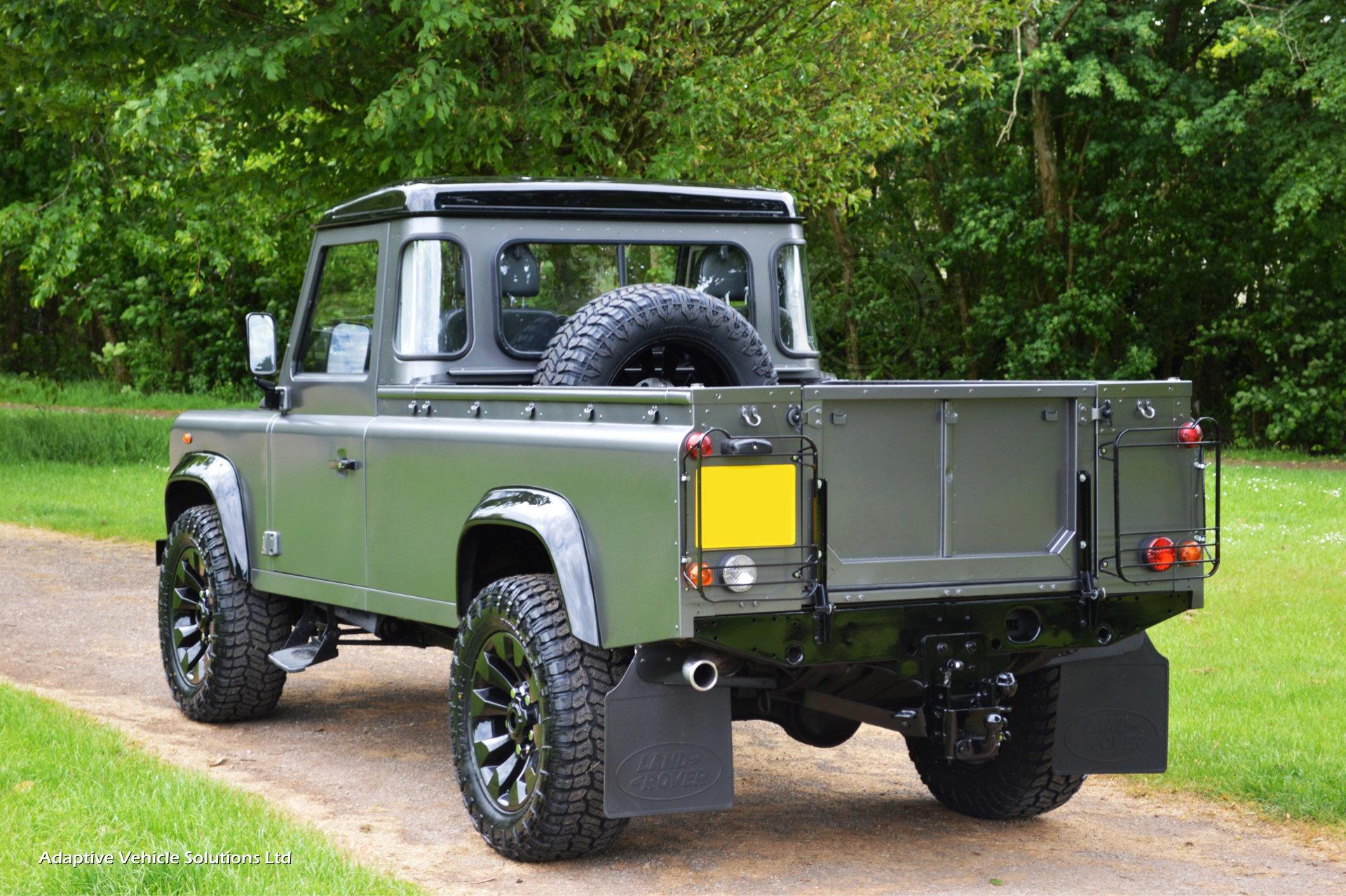 2009 Land Rover Defender 110 Pickup Grey Adaptive
